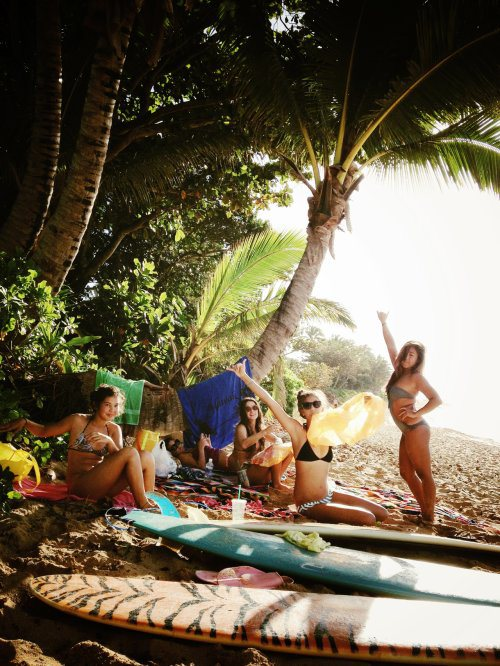 surfer-girls-20-2