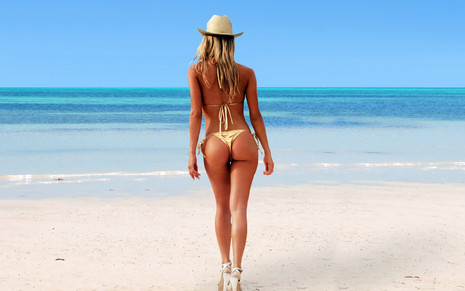 hot ass on beach
